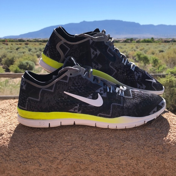 separation shoes 3f1d3 57313 Nike Free 5.0 TR Fit 4.